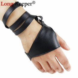 black gothic gloves Promo Codes - LongKeeper Gothic Punk Cool Lady Women Sexy Disco Dance Rock-and-roll Fingerless Short PU Leather Gloves Black Luvas