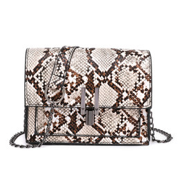 Prezzo delle borse di cuoio delle signore online-Comodo pop snake Fashion Ladies Leather Leopard Versatile tracolla a catena borsa a tracolla prezzo più basso online