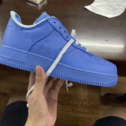 Zapatos ligeros de entrenamiento online-Nueva luz azul baja hombres zapatillas mujeres entrenamiento deportivo Moda entrenadores al aire libre de calidad superior con la caja mejor 2019 tamaño 5-12