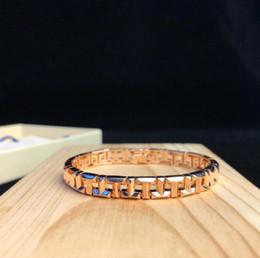 2019 brazalete de tungsteno de las mujeres Famoso diseñador T TRUE pulsera de joyería forma geométrica carta pulsera de cadena mujer de lujo banquete accesorios de fiesta regalos 3 colores