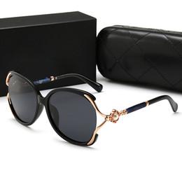 Lunettes de soleil à la mode en Ligne-2019 Nouveau luxe lunettes de soleil polarisées femmes célèbres Designer Square Overiszed Lunettes de haute qualité UV400 lunettes à la mode avec la boîte de détail