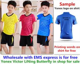 Wholesale EMS für freies, Textdrucken für freies, neues Kindkinderbadmintonhemd kleidet Tischtennis T-Sporthemdkleidung 09 von Fabrikanten