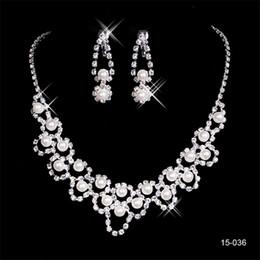 kylie mini kit lèvre Promotion 2020 Eyesight Fashion Bride Jewel Ensembles 036 Collier de mariage en cristal de mariée ronde boucles d'oreilles Soirée Bijoux