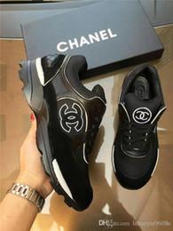 2018 NUOVE scarpe casual in pelle Designer sneakers da uomo scarpe da uomo in vera pelle moda scatola di colore misto originale da borse morbide fornitori