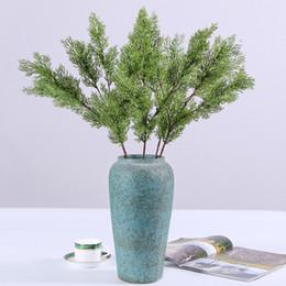 área de trabalho de plantas artificiais Desconto Simulação Pinho E Cipreste Verde Plantas Falso Plástico Artificial Mobiliário Doméstico Suprimentos de Casamento Parte Decoração 6 2 hq F1