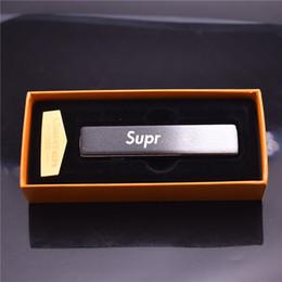 Fils de couleur usb en Ligne-SUPR EME Coloré USB Briquets Alliage de Zinc Chargement Cyclique Fil Électrique Métal Ultra-mince De Haute Qualité Boîte-Cadeau Couleur Exquise WindProof