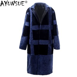 2019 пальто из овечьей шерсти AYUNSUE Real Fur Coat Men Winter 100% Natural Wool Jacket Sheep Shearling Long Coats  Jackets Men's Fur Coat KJ1423 дешево пальто из овечьей шерсти