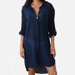 5d9339bd3abb Sexy Beach Donna Cover Up Robe Camicette Camicette da bagno manica lunga  sciolto Casual Lady Shirt Top 2019 estate femminile Beachwear