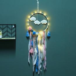 camas dos desenhos animados Desconto Flaky Nuvens Dreamcatcher Pena Apanhador de Rede de Rede LED Sonho Apanhador de Cama Quarto Pendurado Ornamento Dos Desenhos Animados Acessórios CCA11744 50 pcs