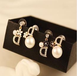 Famoso diseñador de marca Stud Earrings mujeres Rhinestone Ear Stud lujo pendiente joyas accesorios con envío rápido desde fabricantes