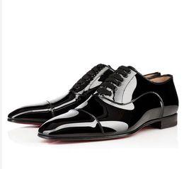 Marca New parte inferior vermelha Shoes Greggo Orlato Plano Couro Oxford das mulheres dos homens Caminhada Wedding Party Flats Escritório preguiçosos Shoes 35-46 de Fornecedores de brilho de borgonha