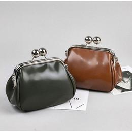 2019 цельные сумочки 2019 Women Vintage Shoulder Bag PU Leather Mini Crossbody Messenger Kiss Lock Fashion Ladies Handbag Purse дешево цельные сумочки
