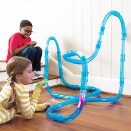 construir carros rc Desconto Brinquedo do carro do rc crianças tubos de corrida de velocidade de controle remoto tubos de corrida de carros de corrida de carro luz do flash diy tubo de construção conjunto de brinquedos