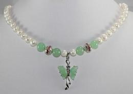 perla di giada verde Sconti Commercio all'ingrosso - collana di pendente verde della farfalla del jade della perla bianca più nobile dei gioielli Trasporto libero