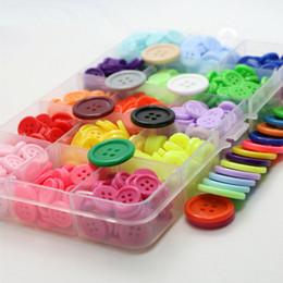 1000 pezzi / lotto 12,5 mm plastica rotonda di alta qualità 4 fori bottoni in resina di colore solido cucito sulla maglietta a mano fai da te bottoni in plastica bottoni in plastica da