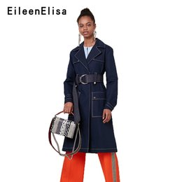 2019 grabenmantelschnalle Eileen Elisa Style Trenchcoat Gürtelschnalle Casual Label Hals Lange Wintermantel Frauen Schlank Mode Elegante Trenchcoats Weibliche günstig grabenmantelschnalle