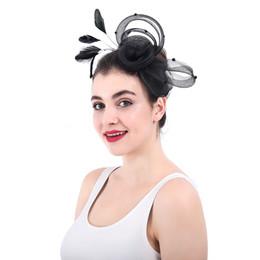 Argentina Plumas de flor de tul Sharp Sombrero de novia con cuentas elegante para mujer Ocasión formal Accesorios para el cabello Sombreros de boda blancos gelin aksesuar Suministro