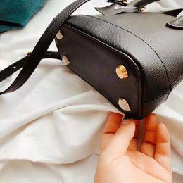 2019 mehrfarbige leder patchwork handtasche neue Handtaschen-Geldbeutel-Damen-Minibeutel-Handtaschen-Art- und Weisegröße 18CM 15CM eleganter Handtaschen-Art- und Weisebeutel Art- und Weiseheisser klassischer Crossbody Beutel Bestseller