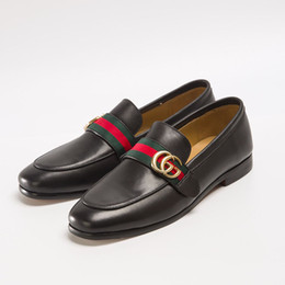 2019 Luxus Designer Männer Kleid Schuhe Hochzeit klassische Freizeitschuhe Rotes blaues Band Echtes Leder Designer Mode große Größe Schuhe von Fabrikanten