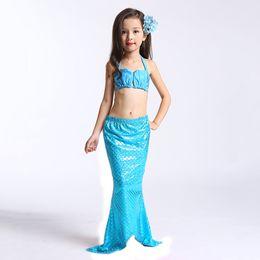 Costumi della sirena online-3 PZ Little Mermaid Tails per Costume da bagno Mermaid Tail Cosplay Ragazze Costume da bagno Bambini Bambini Ruffles Beach Costumi da bagno Abbigliamento
