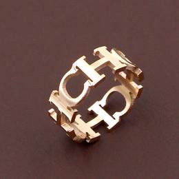 2019 nuovo CH lettera oro rosa anello in acciaio inox colore oro uomini e donne anello gioielli accessori di fidanzamento da
