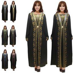 2019 bordados de cauda vermelha bordados Islam Muslim Preto Abayas Robe por Mulheres turco Vestidos Dubai Kaftan Turquia roupa islâmica Malásia Takchita Djellaba hijab Caftan 2020