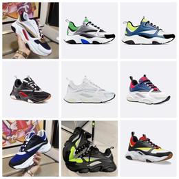 Schuhe beiläufige leinwand flach online-Dior 2020 Sneaker aus Kalbsleder Schuhe Herren Low Top Freizeitschuhe flache Segeltuch-Turnschuh Retro Patchwork Luxus beiläufige Turnschuh-Baumwolle Schnürsenkel