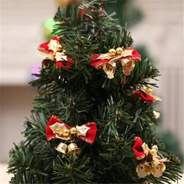 metall weihnachtsglocke ornamente Rabatt Roter Weihnachtsbaum hängende Dekoration Weihnachtsbowknot Verzierung netter Weihnachtsbogen mit Metallglockenhausfestival-Partyversorgungen FJ424