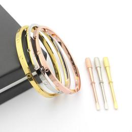 2020 manchette large en argent sterling Date bracelet en acier titane 316L 4mm large carter et bracelet pour les femmes bracelet manchette tournevis ne se fanent pas C19010401 manchette large en argent sterling pas cher