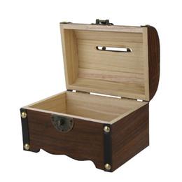 Caixa de jóias de madeira esculpida on-line-Venda por atacado de design de venda quente de madeira caixa de jóias caixa de coleta com bloqueio de madeira escultura artesanal presente de natal