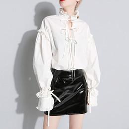Colar de renda branca blusa on-line-Babados Lanterna Camisa de Manga Tops Feminino Lace Up Gola Blusa Branca Mulheres Roupas Casuais 2019 Moda Primavera