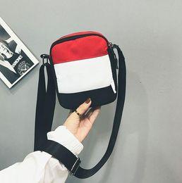 mobile marken preis Rabatt Die heißesten Preisreduzierung Großhandel Marke Brief kleine quadratische Tasche Designer Outdoor Sport Brusttasche Handytaschen Freies Verschiffen