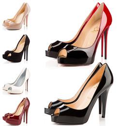 Chaussures de mariage talons hauts 14cm en Ligne-Designer Talons Hauts En Cuir Verni Peep Bout Pointu Femmes Pompes Plateforme Bas Rouge 12CM 14CM Robe De Mariée Chaussures 36-42