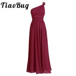 2019 vestidos de dama de honra preto escuro roxo TiaoBug longo Chiffon da dama de honra vestidos de um ombro Beading luz verde preto Borgonha Dark Purple cinza vestido de dama de honra vestido desconto vestidos de dama de honra preto escuro roxo
