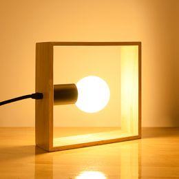 Einfacher schreibtischtisch online-Quadratische Schlafzimmer Nachttischlampe aus massivem Holz Schreibtischlampe Nordic Simple Modern Art Warm White Table Lamp