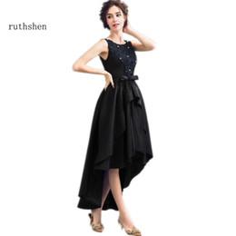 Canada vente en gros sexy haut bas robes de bal 2018 dentelle appliques perles noir court devant longue robe de soirée formelle dos cheap beaded lace applique wholesale Offre