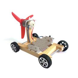 2019 zusammenbau des autos für kinder Beide Flügel Wind Rennwagen Modell Elektrische DIY Handarbeit Montieren Autos Modelle Kinder Originalität Spielzeug Kind Wissenschaftliches Experiment 6 5cs O1 günstig zusammenbau des autos für kinder
