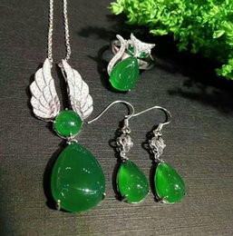 Fascinating Dynamic flash mosaic of Jade Pendants Necklace Earrings Jewelry Sets
