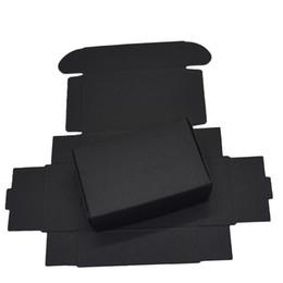 Черная подарочная бумага онлайн-9.4x6.2x3 см Черные Картонные Бумажные Коробки для Свадьбы Подарочная Карта Пакет Крафт-Бумага Коробка День Рождения Конфеты Ремесла Упаковка Украшения Коробка 50 ШТ.