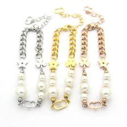 Encantos comerciais on-line-Aço titanium atacado d trevo letra estrela de cinco pontas pulseira de pérolas senhora comércio rosa banhado a ouro pulseiras grossas charme para as mulheres