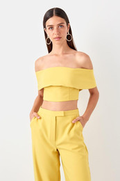 2019 bustiers jaunes Trendyol Bustier Carmen Jaune Pour Le Cou TPRSS19BS0007 bustiers jaunes pas cher