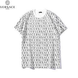 2019 impresiones de paneles múltiples Camiseta de diseñador para hombre Camiseta Medusa Estampado multilínea Frente y parte posterior Letras Camisa suelta rebajas impresiones de paneles múltiples