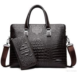 Acheter des sacs en polyester en Ligne-Crocodile pu porte-documents en cuir pour ordinateur portable sac pour hommes de haute qualité luxe designer hommes sac à main acheter un en obtenir deux envoyer un sac gratuit