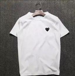 22 couleurs été nouvelle femme hommes simples Japan Tide marque Love broderie coeur rouge pointe de vague classique à manches courtes coton T-shirts de plein air ? partir de fabricateur
