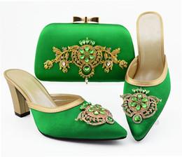 b robes sac à main Promotion Les meilleures femmes vertes de la vente chaussures correspondent sac à main ensemble avec pompes africaines et sac de décoration pour le strass et la décoration en métal pour la robe QSL009, talon 9CM