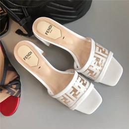 Argentina Nuevo pvc sandalias blancas transparentes Mulas de lujo de alta calidad para mujer sandalias de tacón alto zapatos de diseño sandalias femeninas Suministro
