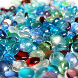 Vase perle füllstoffe online-500g / bunte Glasstein Kunst flach Perlen Aquarium Dekoration Aquarium Steingarten loses Korn Vaseenfüller packen