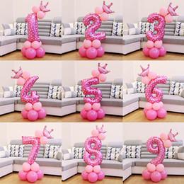 2019 decorazioni rosa corona 1 set Palloncini numerati in stagnola rosa blu Palloncini addensati in lattice con palloncini Anniversary Baby Shower Decorazioni per feste di compleanno per bambini decorazioni rosa corona economici