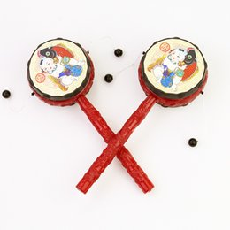 2019 tambores de brinquedo chineses Brinquedos de brinquedo musical de tambor chocalho chinês tradicional para crianças, 5 itens incluídos no pacote, cor aleatoriamente