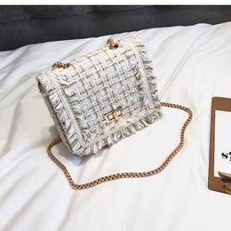 Tapicería de lana online-LUCDO Marca de Lujo Bolsos Crossbody Para Mujeres 2019 Invierno Mini Cadena de Diamantes de Rayas A Cuadros de Lana Dulce Rompecabezas Bolsas de Lana Bolsa